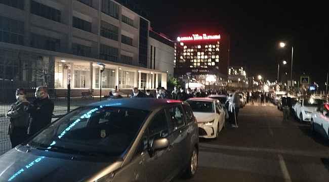 Sağlık Bakanı Koca duyurdu, başkent'te vatandaşlar aşı için sıraya girdi