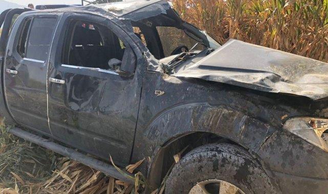 Manisa'da otomobil tarlaya uçtu: 4 yaralı