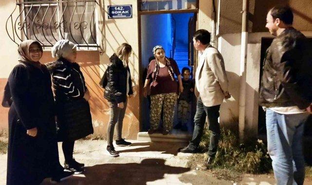'Çalınmadık kapı, sıkılmadık el bırakmayacağız' diyen AK Parti Edremit İlçe Başkanı Umutlu, teşkilat yöneticilerinin her gün sahada olduğunu söyledi